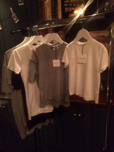 UNIFORM T-shirts